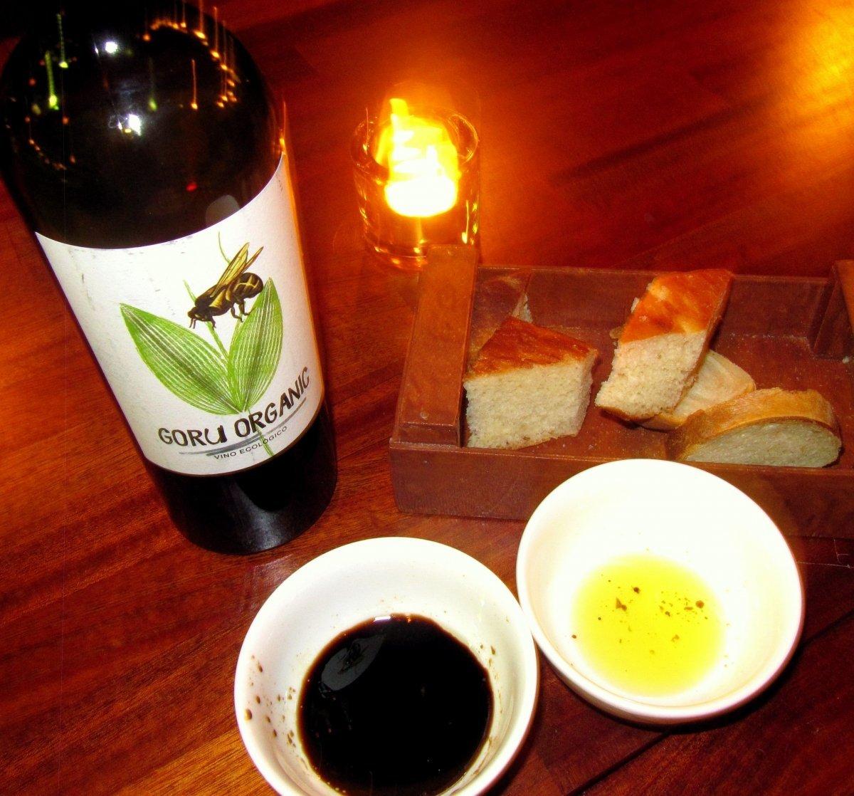 Leipää ja viiniä_ravintola Toca