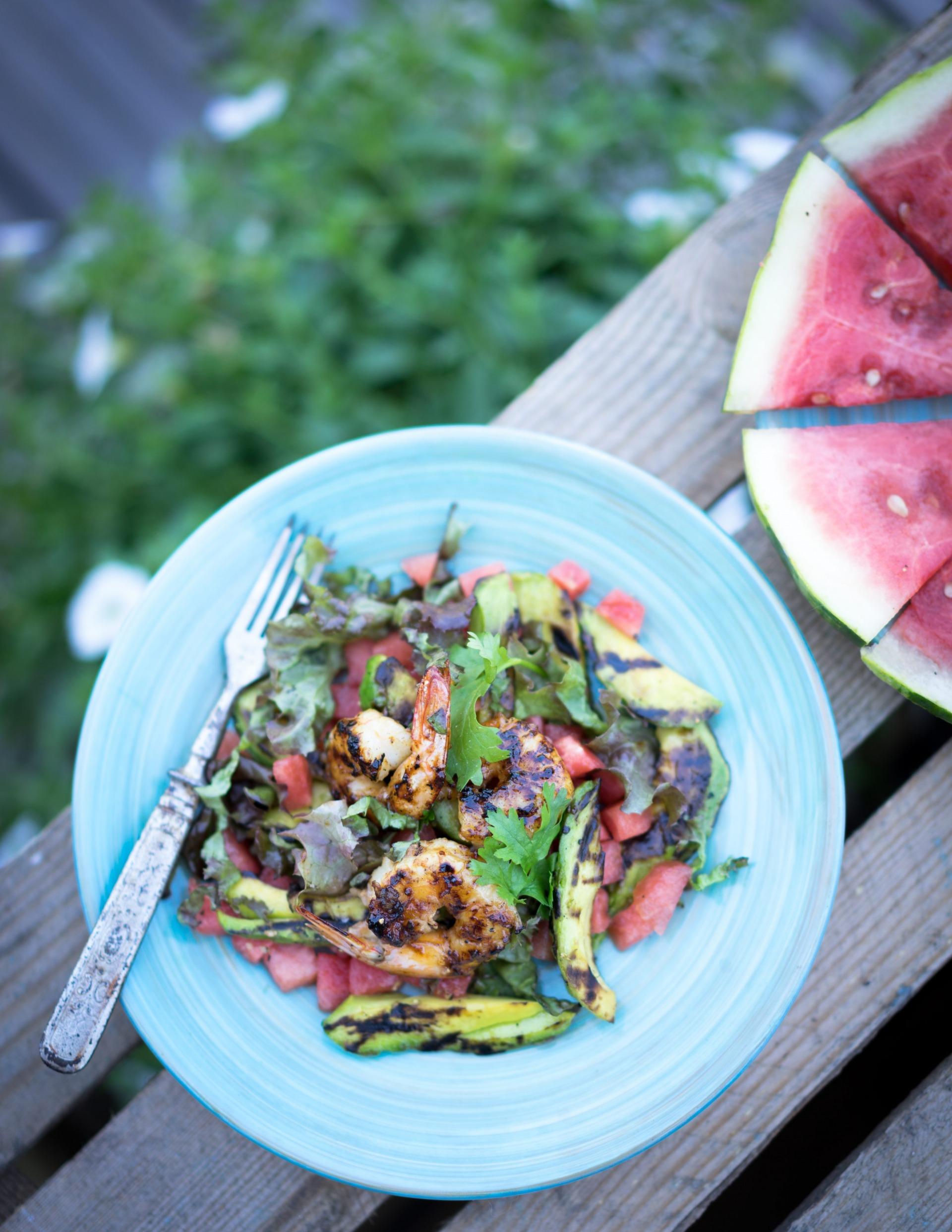 helteisen päivän salaatti