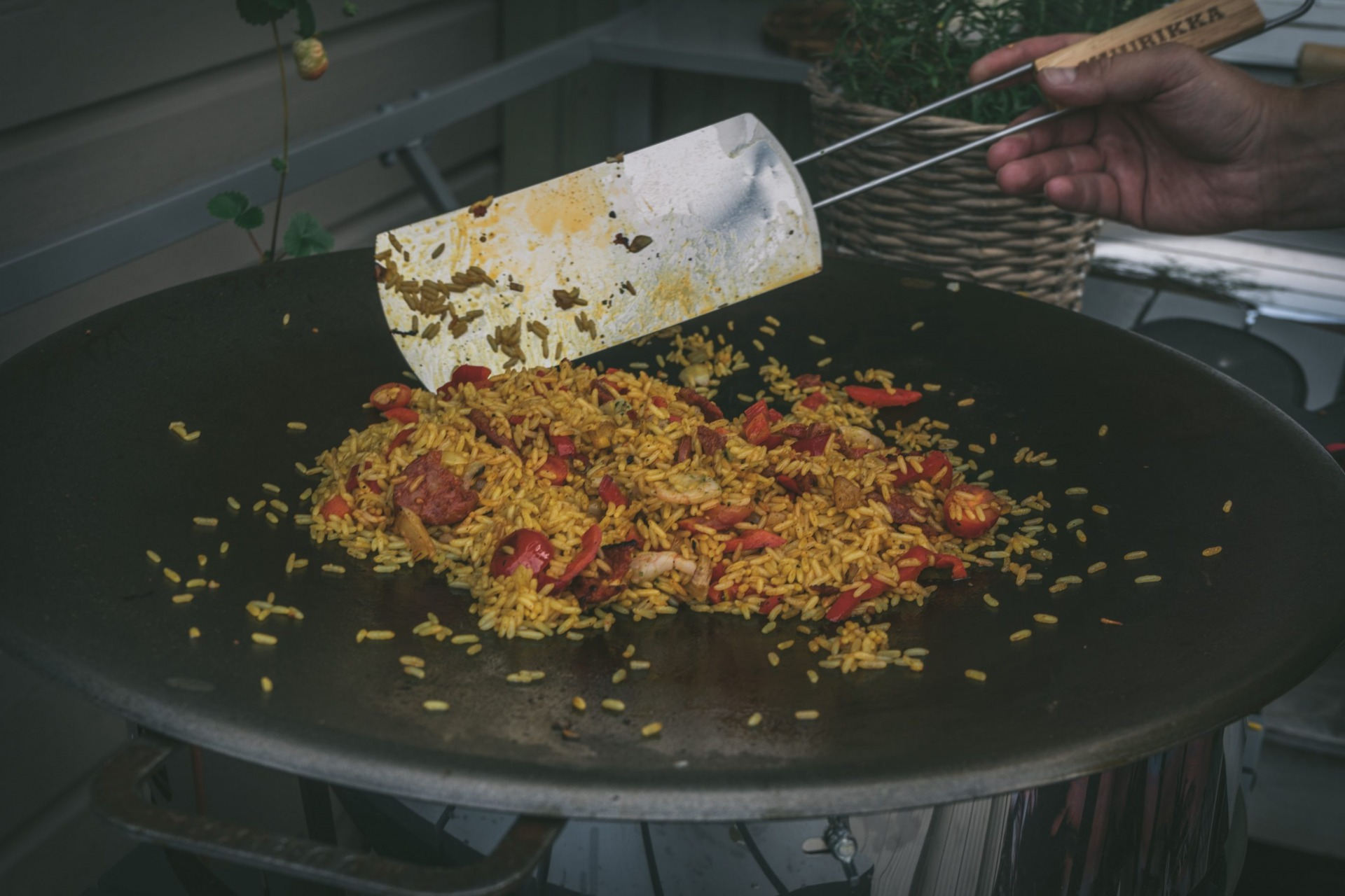 hauki chorizo paella